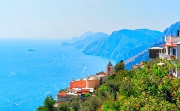Travelling to the Amalfi Coast by train