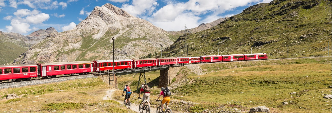 Top 5 scenic train journeys in Switzerland