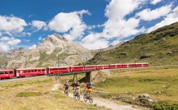 Top 5 scenic train journeys in Switzerland