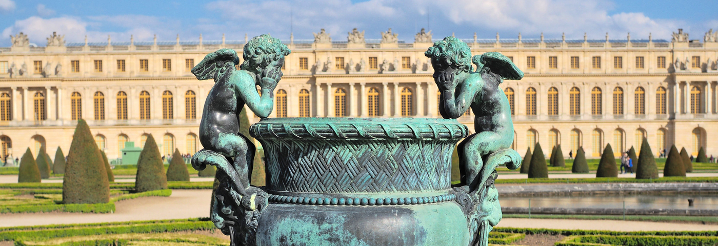 Visiting Versailles by train