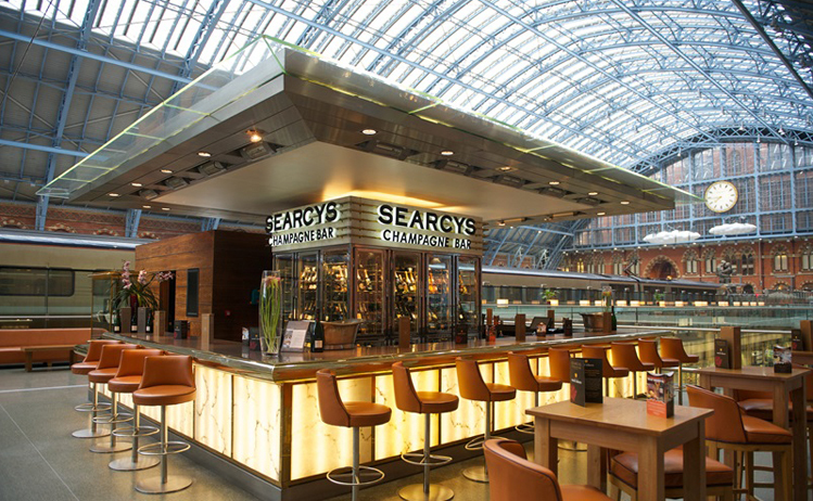 Train station restaurants - St Pancras Grand Champagne Bar