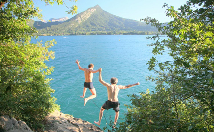 Wild swimming - Lac d'Annecy