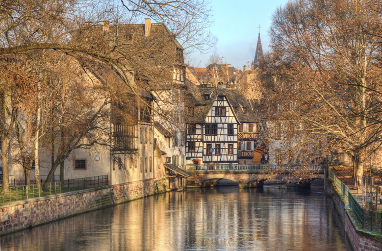 Visit Strasbourg in winter by rail