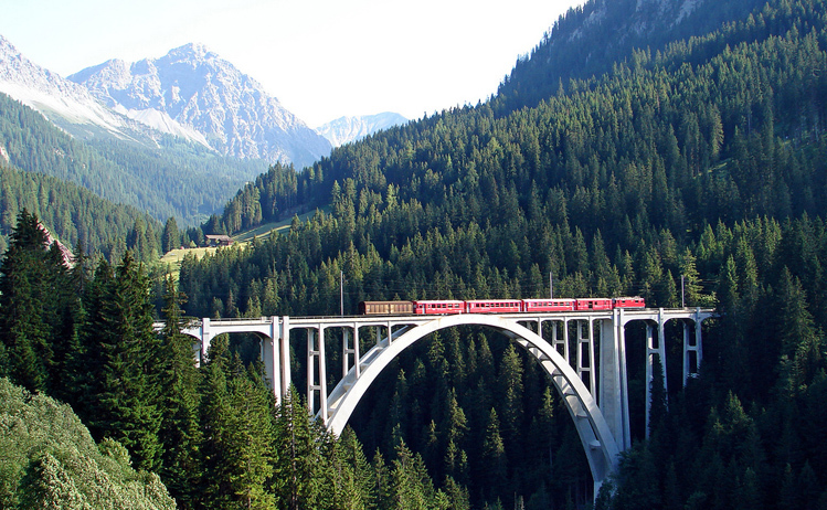 Scenic train Bernina ExpressImage title